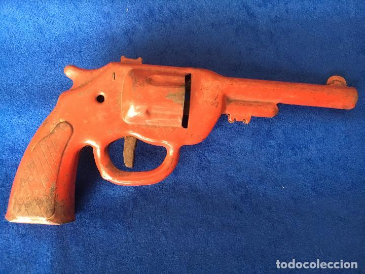 Juguetes antiguos y Juegos de colección: Juguete Pistola de metal años 40 . Estado conservación tal como se muestra en fotos. Ver medidas - Foto 2 - 97823915
