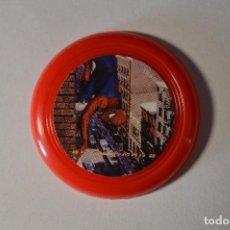 Juguetes antiguos y Juegos de colección: COLECCIÓN TAZOS CHAPAS GRANI & PARTNERS 2004 MARVEL SPIDER-MAN SPIDERMAN 2 TAZO HOMBRE ARAÑA ROJO. Lote 98670339