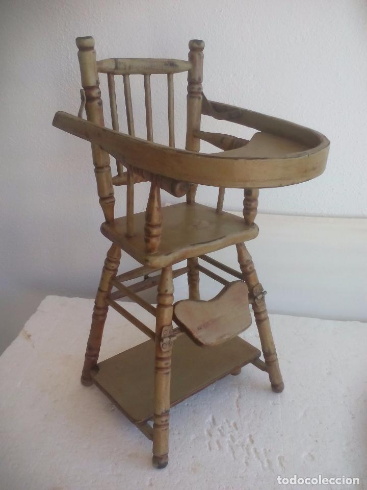 Trona de madera para muñeca, convertible en silla y mesa de juegos. Wooden Baby High Chair Converts segunda mano