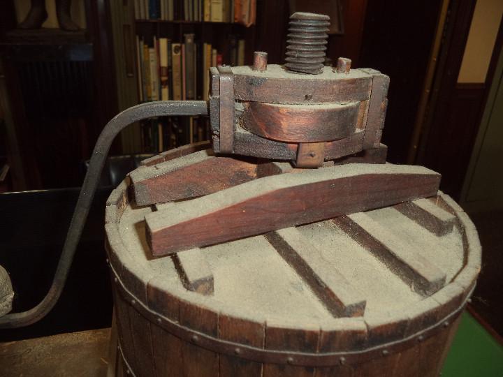 Juguetes antiguos y Juegos de colección: AUTOMATA PRENSA DE VINO - Foto 3 - 46210325