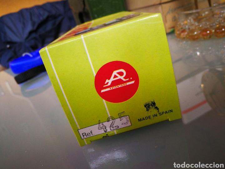Juguetes antiguos y Juegos de colección: Caja decarton vacía. Plasticos albacete - Foto 2 - 104342311
