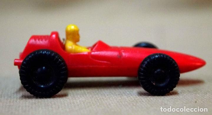 Juguetes antiguos y Juegos de colección: ANTIGUO COCHE DE PLASTICO, F 1, BOLIDO, PROMOCIONAL O KIOSCO, QUIOSCO, 1970s, 7 cm. - Foto 3 - 105904415