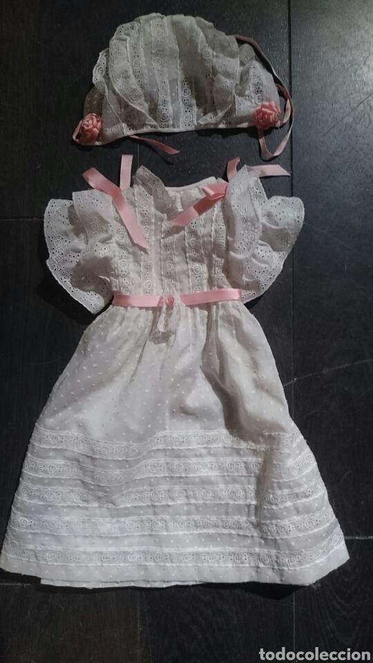 VESTIDO CON GORRITO (Juguetes - Vestidos y Accesorios Muñeca Extranjera Antigua)