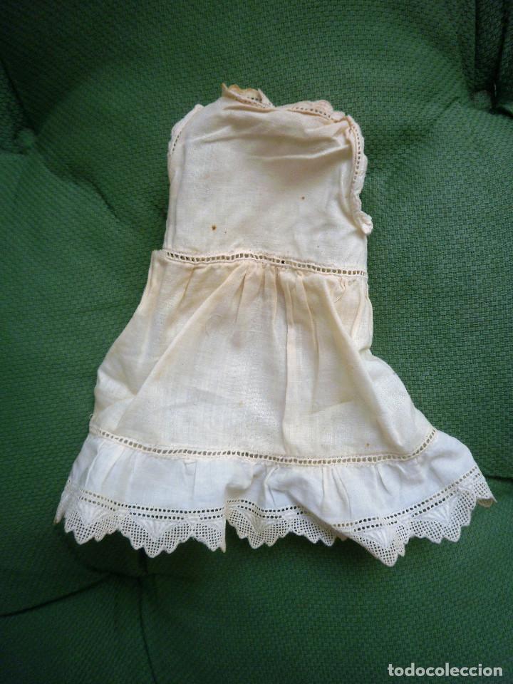 VESTIDO (Juguetes - Vestidos y Accesorios Muñeca Extranjera Antigua)