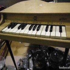 Juguetes antiguos y Juegos de colección: PIANO GUILLEM JUGUETE VINTAGE. Lote 115355779