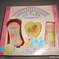 Juguetes antiguos y Juegos de colección: MY LITTLE PONY GROOMING SET 1990 JABON CHAMPU SET DE BAÑO MY PEQUEÑO PONY GROSVENOR LONDON. Lote 118787687