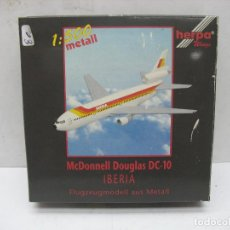 Juguetes antiguos y Juegos de colección: HERPA METAL REF: 500036 - AVIÓN METÁLICO IBERIA MCDONNELL DOUGLAS DC-10 - ESCALA 1:500. Lote 120289855