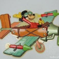 Juguetes antiguos y Juegos de colección: VINTAGE FIGURA DE MICKEY MOUSE EXCELENTE DECORACIÓN INFANTIL DE PARED WALT DISNEY. Lote 121677139