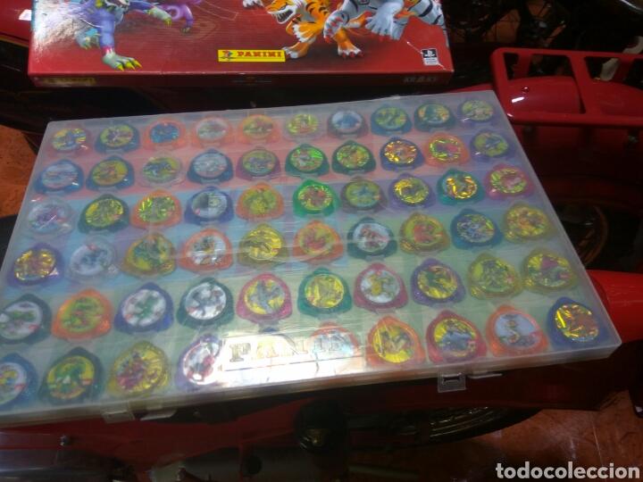 Juguetes antiguos y Juegos de colección: TAZOS INVIZIMALS KRAKS PANINI ARCHIVADOR 78 UNID - Foto 2 - 189240227