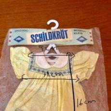 Juguetes antiguos y Juegos de colección: VESTIDO DE LA CASA SCHILDKRÖT (ALEMANIA). Lote 124435807