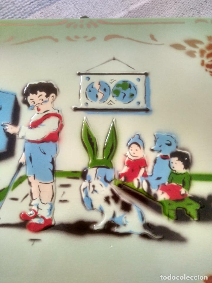 Juguetes antiguos y Juegos de colección: ANTIGUO CABAS DE MADERA EN PERFECTO ESTADO EN RELIEVE 26X20 NUMERADO MARCA LA CORONA - Foto 4 - 125238479