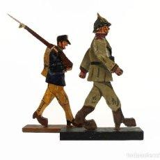 Juguetes antiguos y Juegos de colección: ANTIGUOS SOLDADOS DE MADERA - PRINCIPIOS S.XX. Lote 126757311