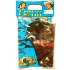 Juguetes antiguos y Juegos de colección: BLISTER CARTUCHERA PISTOLERA DE ARMAS. R BATLLES AÑOS 60 - 70. Lote 128484603