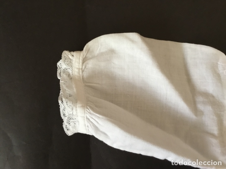 Juguetes antiguos y Juegos de colección: Faldón antiguo de algodón para muñeco bebé - Foto 4 - 128769278