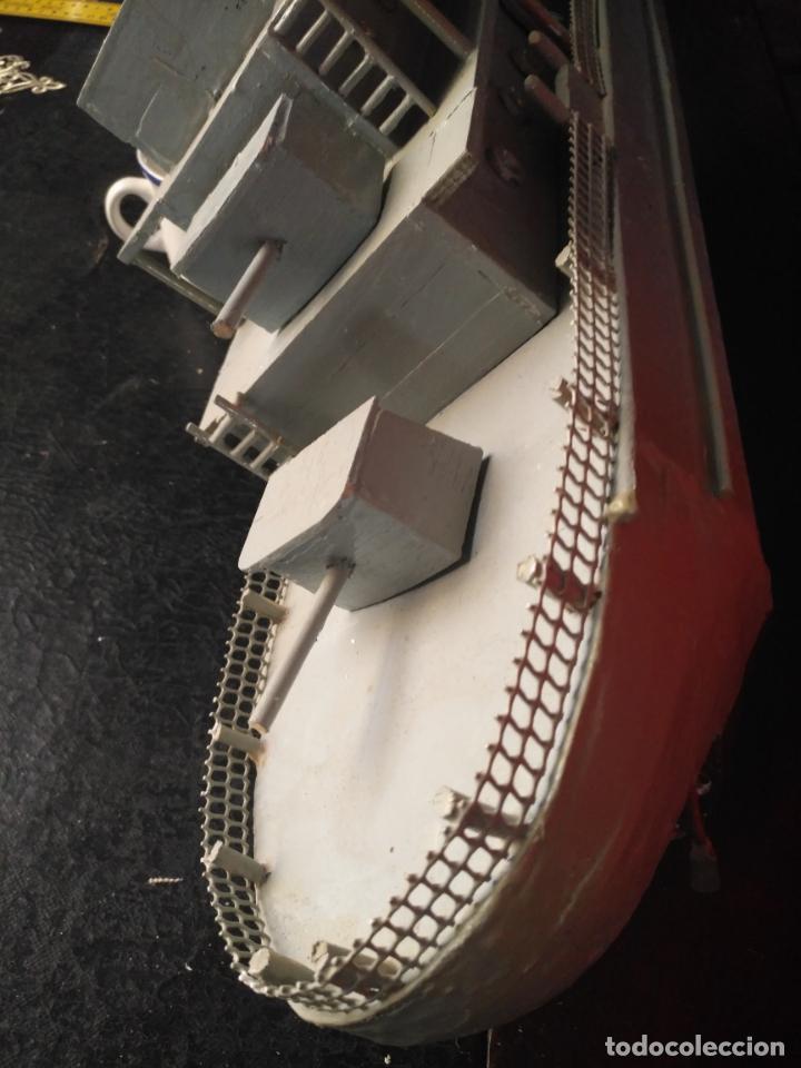 Juguetes antiguos y Juegos de colección: gran maqueta antiguo barco militar buque de guerra con cañones madera hecho a mano - 77x38x15 cm - Foto 2 - 131920602