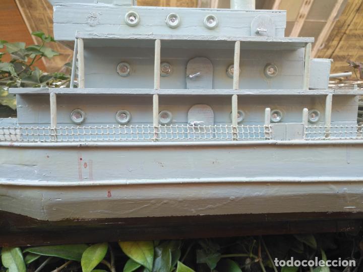 Juguetes antiguos y Juegos de colección: gran maqueta antiguo barco militar buque de guerra con cañones madera hecho a mano - 77x38x15 cm - Foto 15 - 131920602
