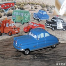 Juguetes antiguos y Juegos de colección: FIGURA HUEVO KINDER CARS COCHES JUGUETE . Lote 135325195