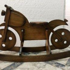 Juguetes antiguos y Juegos de colección: MOTO BALANCIN . Lote 136000742