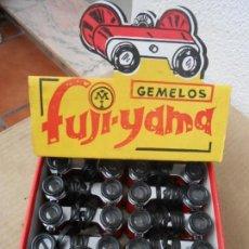 Juguetes antiguos y Juegos de colección: GEMELOS FUJI YAMA. KIOSKO NUEVOS EN CAJA. MECÁNICA IBENSE 10 UNIDADES. AÑOS 70. Lote 243387010