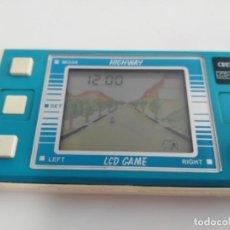 Juguetes antiguos y Juegos de colección: ANTIGUA GAME WATCH LCD HIGHWAY DE CRESTA. Lote 175763655