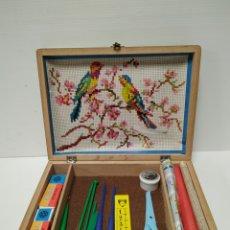 Juguetes antiguos y Juegos de colección: COSTURERO DE MADERA INFANTIL DE LA FAMILIA TELERIN. Lote 141715480