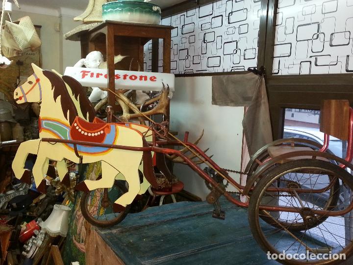 Juguetes antiguos y Juegos de colección: CARRUAJE DE CABALLOS A PEDALES - Foto 2 - 142849046