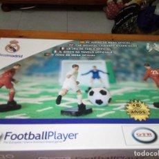 Juguetes antiguos y Juegos de colección: FOOTBALL PLAYER. EL JUEGO DE MESA OFICIAL. REAL MADRID. . Lote 144068886