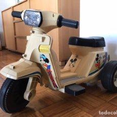 Juguetes antiguos y Juegos de colección: MOTO SCOOTER DE INJUSA WALT DISNEY MICKEY MOUSE MINIE. Lote 144614054