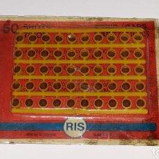 Juguetes antiguos y Juegos de colección: ANTIGUO BLISTER DE FULMINANTES - PISTONES - RIS - MADE IN SPAIN AÑOS 70 / 80. Lote 144981162