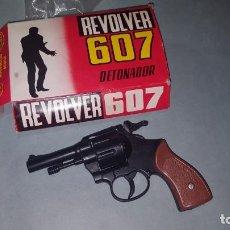 Juguetes antiguos y Juegos de colección: REVOLVER DETONADOR DE REDONDO. Lote 146760006