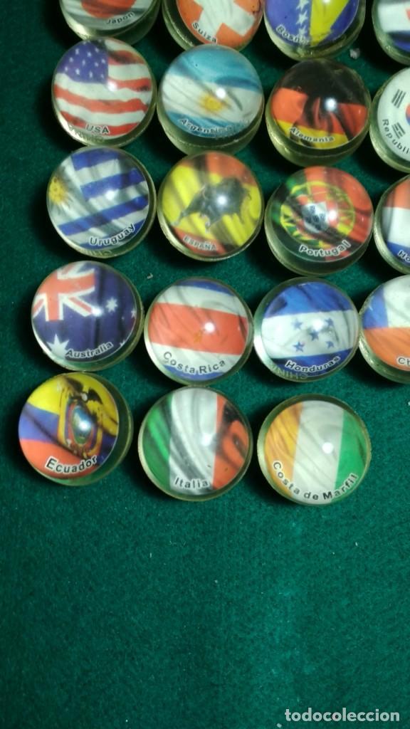 Juguetes antiguos y Juegos de colección: LOTE 28 PELOTAS SALTARINAS GOMA 32MM SERIE BANDERAS DEL MUNDO TODAS DISTINTAS. VER FOTOS - Foto 4 - 147531590