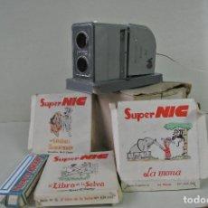 Juguetes antiguos y Juegos de colección: JUGUETE. CINE SUPER NIC Y VARIAS PELICULAS. Lote 150590126