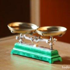 Juguetes antiguos y Juegos de colección: BASCULA JUGUETE - CAR37. Lote 150642890