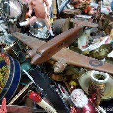 Juguetes antiguos y Juegos de colección: AVION DE JUGUETE EN MADERA MUY ANTIGUO,AÑOS 50 APROX. Lote 150764166