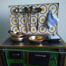 Juguetes antiguos y Juegos de colección: ANTIGUA COCINA DE METAL ALEMANA. MEDIDAS: 27 X 23 X 13 CM. Lote 150782410