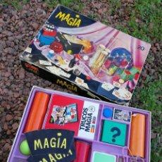 Juguetes antiguos y Juegos de colección: ANTIGUO JUEGO DE MAGIA BORRAS- TRUCOS DE MAGIA 20, CON INSTRUCCIONES. COMPLETO!!!.. Lote 151157474