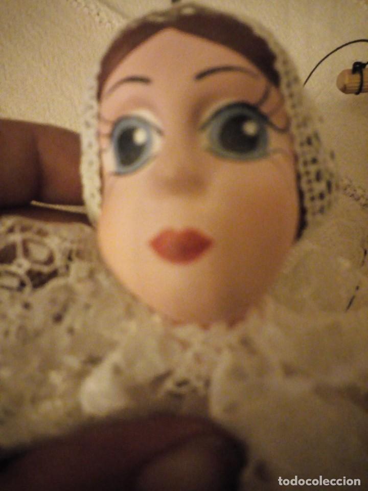 Juguetes antiguos y Juegos de colección: Bonita marioneta regional suiza,madera y pastas ,pintada a mano. - Foto 6 - 151596810