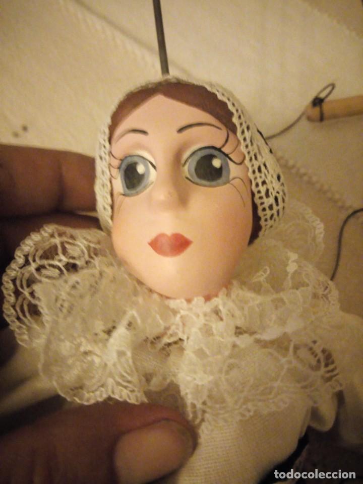 Juguetes antiguos y Juegos de colección: Bonita marioneta regional suiza,madera y pastas ,pintada a mano. - Foto 7 - 151596810