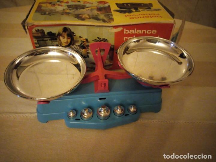 Juguetes antiguos y Juegos de colección: ,balanza ,balance roberval jouet waage mob. made in france,en caja original.años 70 - Foto 3 - 151873478