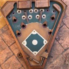 Juguetes antiguos y Juegos de colección: BONITO PIN BALL ANTIGUO EN MADERA. Lote 161999920