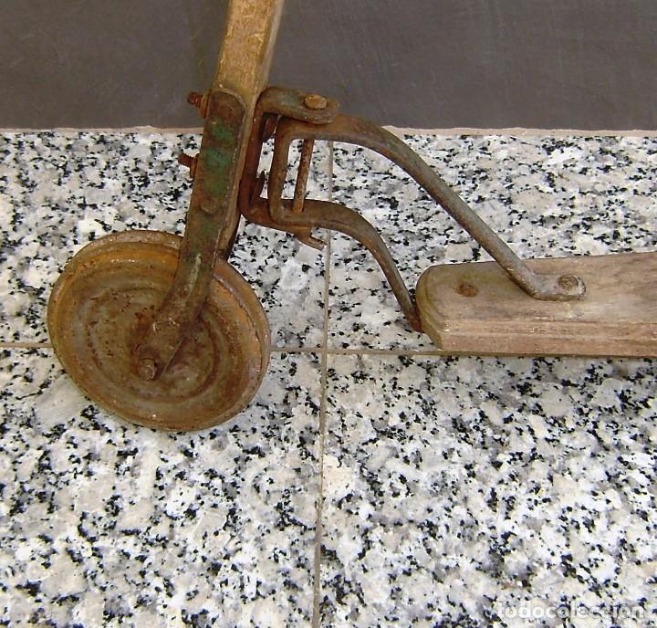 Juguetes antiguos y Juegos de colección: Parte de un patinete,a restaurar. - Foto 4 - 154726142