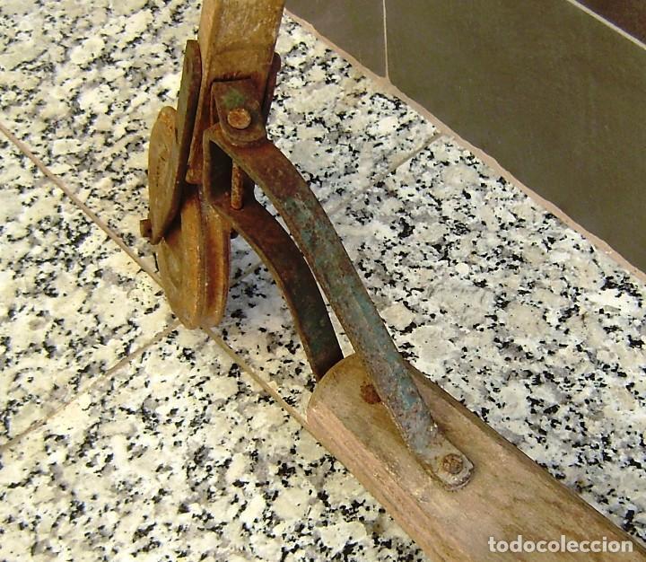 Juguetes antiguos y Juegos de colección: Parte de un patinete,a restaurar. - Foto 5 - 154726142