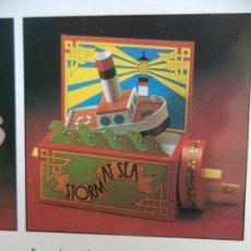 Juguetes antiguos y Juegos de colección: HAND CRANKED MECHANICAL TOY :STORM AT SEA TROQUELADO MONTADO HACE UN JUGUETE CON MOVIMIENTO. Lote 157231114