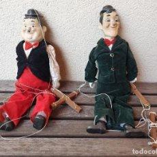 Juguetes antiguos y Juegos de colección: PRECIOSAS Y ANTIGUAS MARIONETAS DE STAN LAUREL Y OLIVER HARDY. Lote 166051314