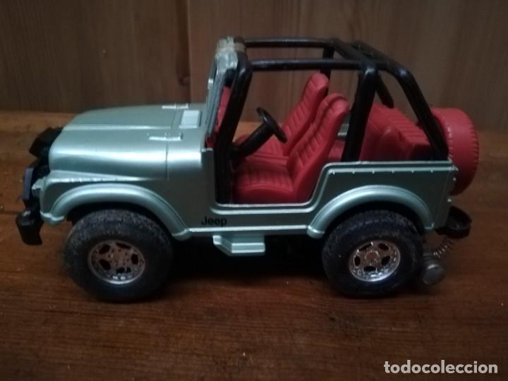 Juguetes antiguos y Juegos de colección: Coche jeep - Foto 3 - 166208706