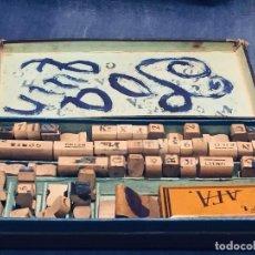 Juguetes antiguos y Juegos de colección: IMPRENTA INFANTIL IMPRENTILLA ROTULADORA IRIS VER FOTOS PPIO S XX 3,5X13,5X25,5CMS. Lote 169045728