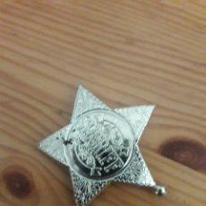 Juguetes antiguos y Juegos de colección: PLACA ESTRELLA SHERIFF POLICIA JUGUETE. Lote 169582900
