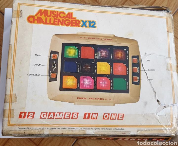 Juguetes antiguos y Juegos de colección: Juego electrónico Musical Chalenger x 12 - Foto 4 - 169731188