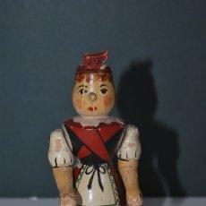 Juguetes antiguos y Juegos de colección: FIGURA DE MADERA - MUJER CON TRAJE POPULAR - MAÑA - JOTA - CAMPESINA - AÑOS 40. Lote 172914754