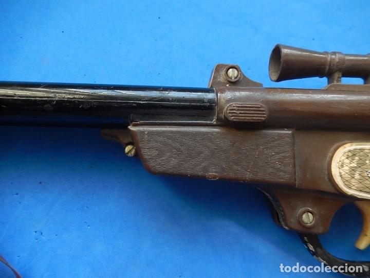 Juguetes antiguos y Juegos de colección: Escopeta de juguete tira corchos, plástico y metal. - Foto 6 - 172956190